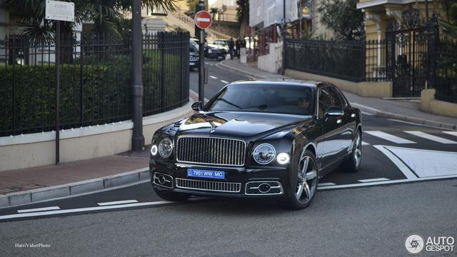 Bắt gặp Bentley Mulsanne Speed First Edition 2016 sang chảnh trên đường phố - Ảnh 6.