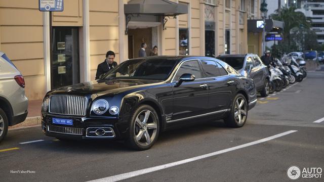 Bắt gặp Bentley Mulsanne Speed First Edition 2016 sang chảnh trên đường phố - Ảnh 5.