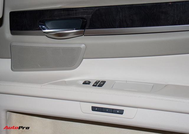 Xe sang BMW 740Li 2008 giá ngang Toyota Camry tại Hà Nội - Ảnh 13.