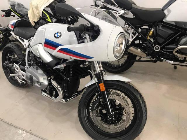 BMW R nineT phiên bản Racer đầu tiên cập bến Việt Nam - Ảnh 1.