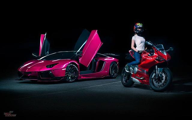 Mỹ nữ lái Ducati 899 Panigale thách đấu Lamborghini Aventador - Ảnh 8.