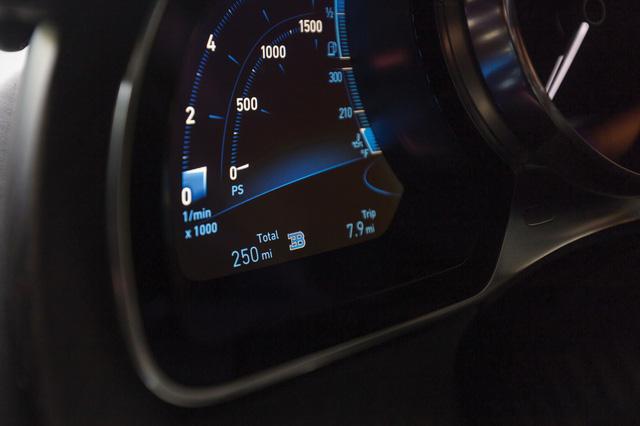 Bugatti Chiron phiên bản Người dơi giá ước tính 4 triệu USD - Ảnh 6.