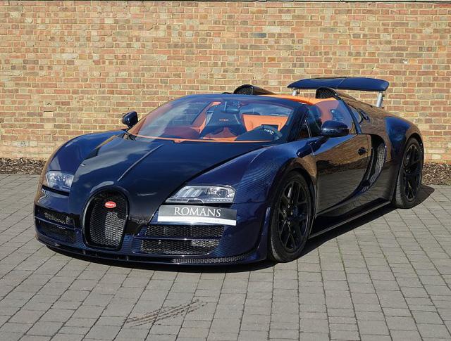 Chạy gần 3.000 km, Bugatti Veyron Grand Sport Vitesse vẫn có giá chát 67 tỷ Đồng - Ảnh 3.