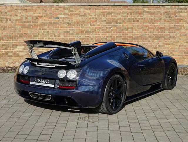 Chạy gần 3.000 km, Bugatti Veyron Grand Sport Vitesse vẫn có giá chát 67 tỷ Đồng - Ảnh 6.