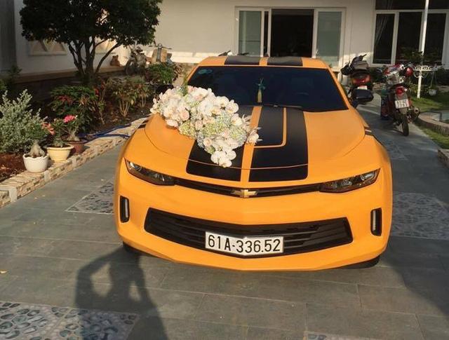 Chevrolet Camaro 2017 của thiếu gia Bình Dương làm xe hoa - Ảnh 1.
