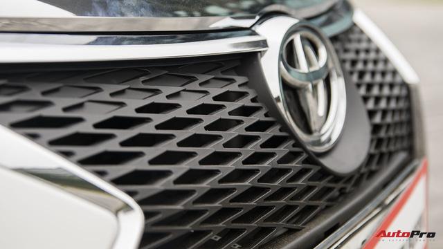 """Nở rộ thú chơi """"biến"""" xe Toyota thành Lexus - Ảnh 9."""