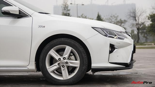 """Nở rộ thú chơi """"biến"""" xe Toyota thành Lexus - Ảnh 10."""