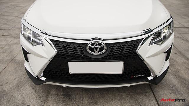 """Nở rộ thú chơi """"biến"""" xe Toyota thành Lexus - Ảnh 5."""