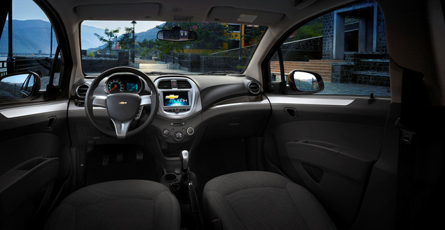 Chevrolet Spark 2018 chính thức ra mắt Việt Nam, giá từ 299 triệu Đồng - Ảnh 4.
