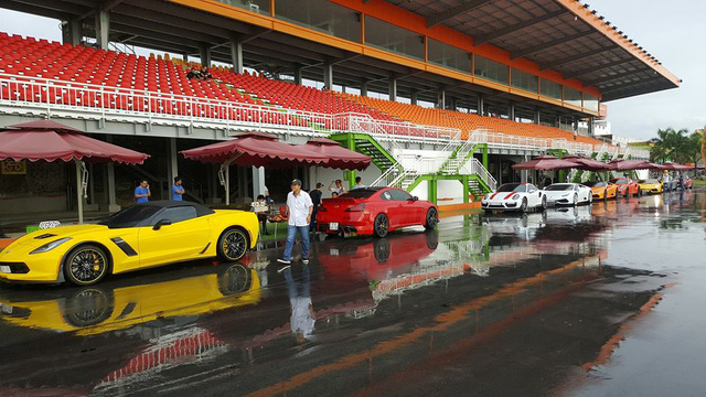 Cường Đô-la cùng dàn siêu xe đại gia Sài thành đua xe tại Bình Dương - Ảnh 8.