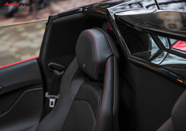 Chán phong cách Dubai, Lamborghini Aventador Roadster về màu nguyên bản tại Hà Nội - Ảnh 13.