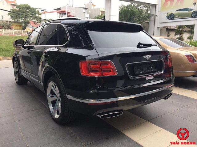 Đại gia Thanh Hóa tậu thêm hàng khủng Bentley Bentayga - Ảnh 3.