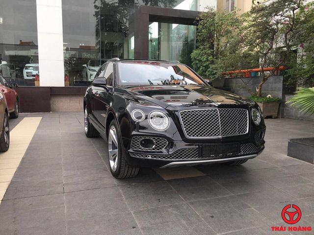 Đại gia Thanh Hóa tậu thêm hàng khủng Bentley Bentayga - Ảnh 1.