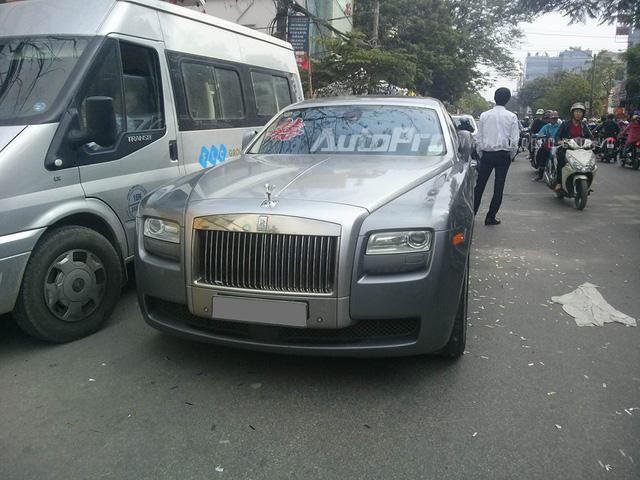 Chồng sắp cưới tặng Rolls-Royce Wraith 35 tỷ Đồng cho Hoa hậu Thu Ngân - Ảnh 10.