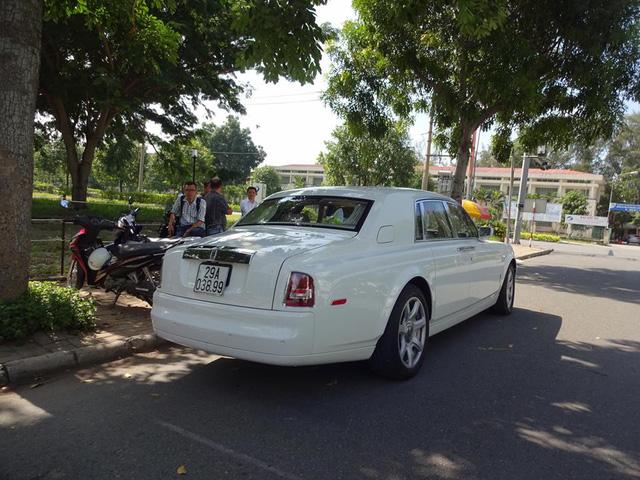 Dàn xe siêu sang dự đám hỏi của người bán Richard Mille 18 tỷ Đồng cho Minh Nhựa - Ảnh 8.
