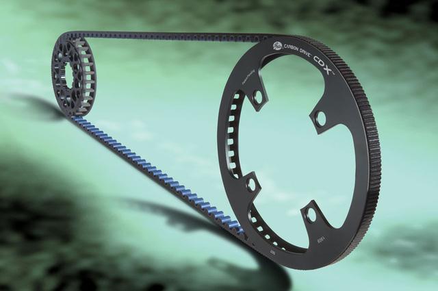 Trục các-đăng, xích và dây curoa: Đâu là lựa chọn tối ưu cho môtô - Ảnh 4.