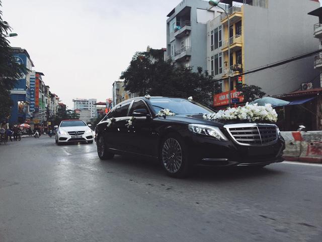 Mercedes-Maybach S600 trị giá 14,2 tỷ Đồng cùng dàn xe sang rước dâu đình đám tại Hà thành - Ảnh 4.