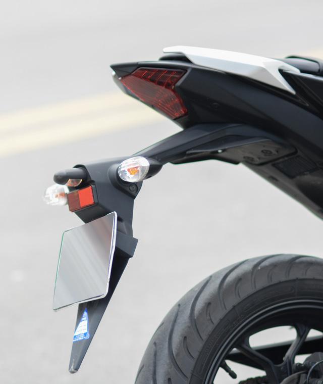 Cận cảnh naked bike Yamaha MT-03 có giá 139 triệu Đồng - Ảnh 14.