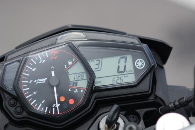Cận cảnh naked bike Yamaha MT-03 có giá 139 triệu Đồng - Ảnh 12.
