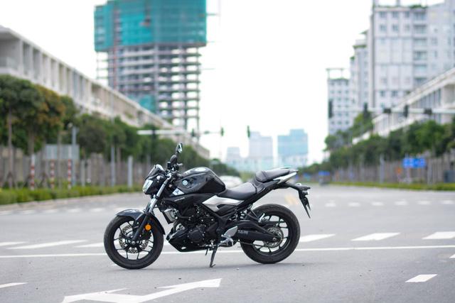 Yamaha MT-03 - Naked bike dành cho các bạn trẻ nhập môn phân khối lớn - Ảnh 1.