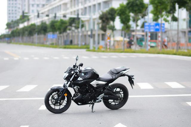 Cận cảnh naked bike Yamaha MT-03 có giá 139 triệu Đồng - Ảnh 4.