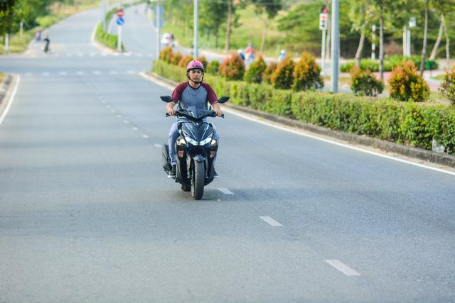 Đánh giá xe tay ga Yamaha NVX 125 - Trẻ và hiện đại - Ảnh 4.