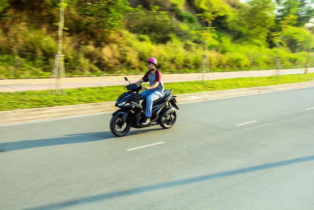 Đánh giá xe tay ga Yamaha NVX 125 - Trẻ và hiện đại - Ảnh 2.