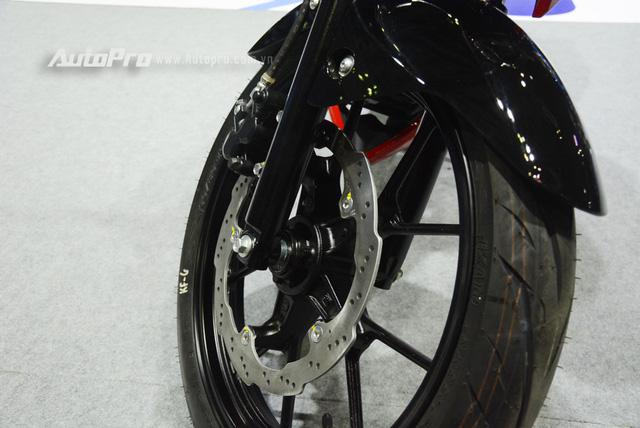 Cận cảnh Suzuki GSX-S150, đối thủ chính của Yamaha TFX 150 tại Việt Nam - Ảnh 10.