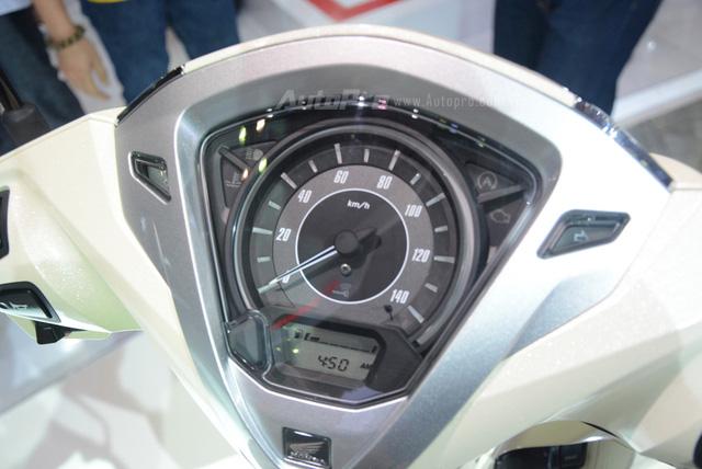 Honda Lead 2017: Tiết kiệm xăng hơn, có khóa thông minh giống  Honda SH - Ảnh 7.