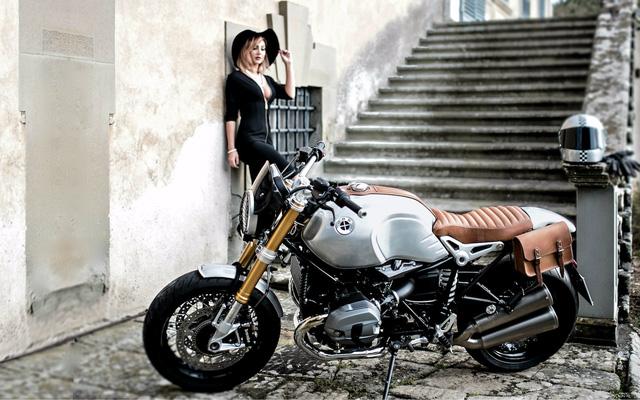 Quý bà gợi cảm bên BMW R NineT phiên bản Quick Silver - Ảnh 4.