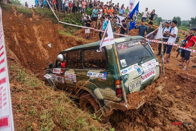 Hàng trăm xe SUV, bán tải hăm hở phá xe tại VOC 2017 - Ảnh 13.