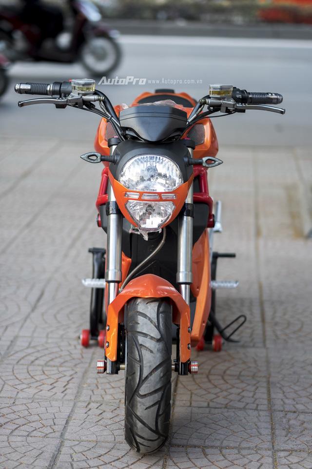 Cận cảnh xe điện mang kiểu dáng Ducati Monster, giá 25 triệu Đồng tại Hà Nội - Ảnh 3.