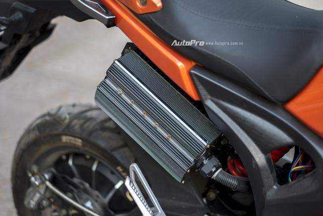 Cận cảnh xe điện mang kiểu dáng Ducati Monster, giá 25 triệu Đồng tại Hà Nội - Ảnh 14.