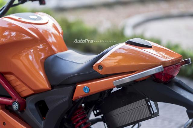 Cận cảnh xe điện mang kiểu dáng Ducati Monster, giá 25 triệu Đồng tại Hà Nội - Ảnh 15.