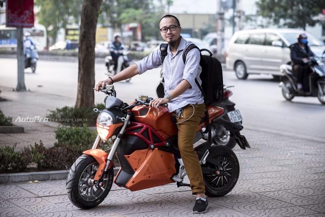 Trải nghiệm xe điện kiểu dáng mô tô - nhanh hơn, oách hơn nhưng chưa an toàn - Ảnh 7.