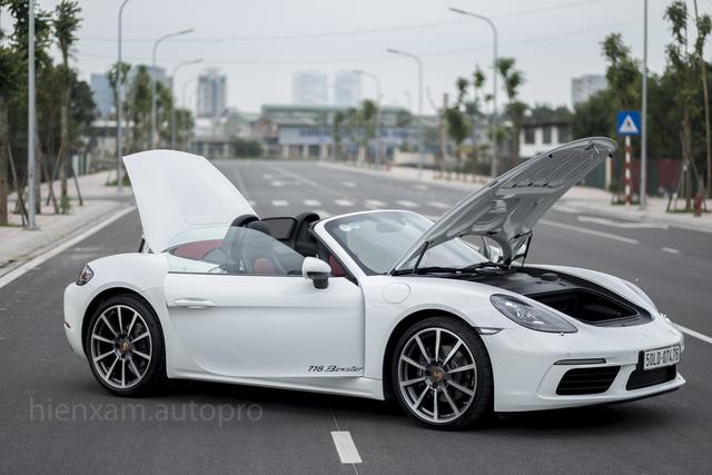 Cận cảnh Porsche 718 Boxster giá 4,5 tỉ đồng tại Việt Nam - Ảnh 10.