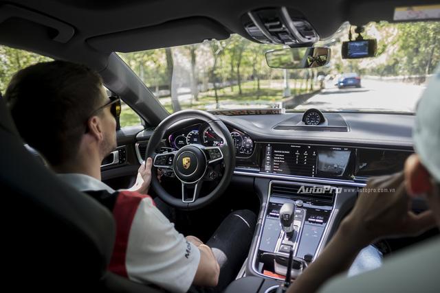 Porsche Panamera 2017 - Khi hai đường thẳng song song gặp nhau - Ảnh 4.
