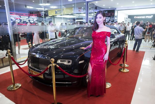 Dàn siêu xe và xe sang tụ tập tại Hà Thành mừng khai trương - Ảnh 4.