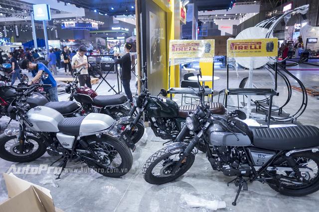 Theo tin từ hãng dầu nhớt xe côn tay cao cấp Totachi, mẫu xe côn tay Brixton BX 125/150 vừa xuất hiện tại Việt Nam đã ngay lập tức lên cơn sốt.