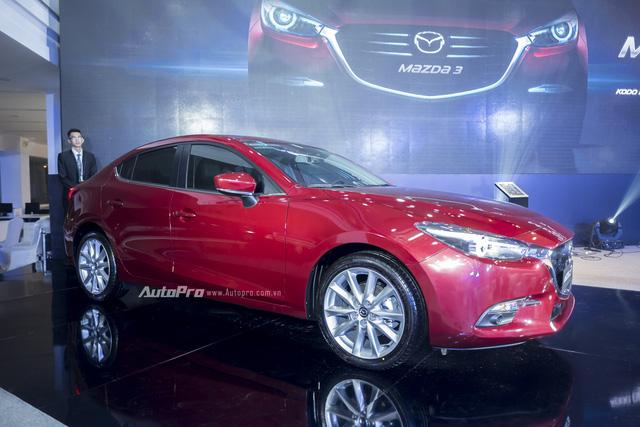 Cận cảnh Mazda3 2017 cao cấp nhất, giá hơn 800 triệu Đồng - Ảnh 3.