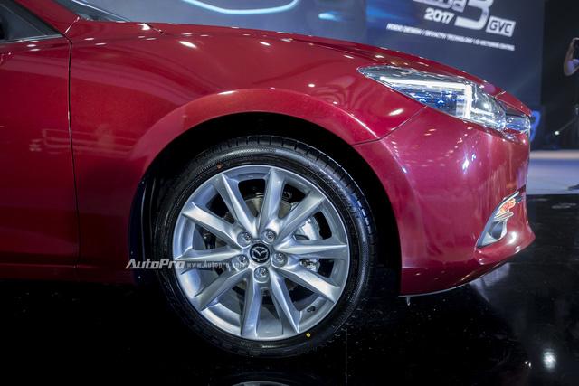 Cận cảnh Mazda3 2017 cao cấp nhất, giá hơn 800 triệu Đồng - Ảnh 8.