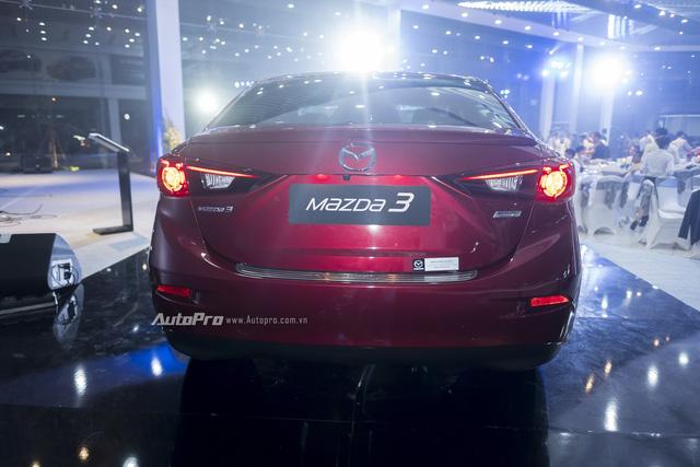 Cận cảnh Mazda3 2017 cao cấp nhất, giá hơn 800 triệu Đồng - Ảnh 9.