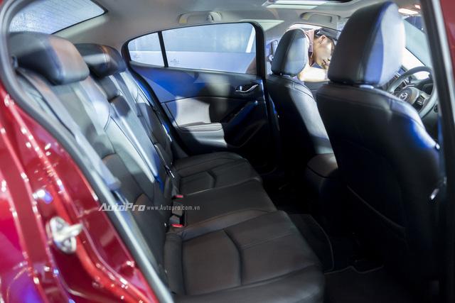 Cận cảnh Mazda3 2017 cao cấp nhất, giá hơn 800 triệu Đồng - Ảnh 20.