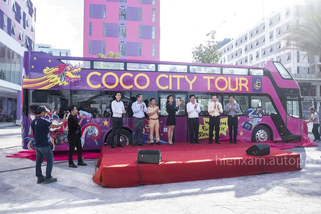 Xe buýt 2 tầng chính thức được bàn giao tại Đà Nẵng - Ảnh 1.