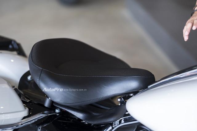Harley-Davidson Police Electra Glide 2017 đầu tiên về Việt Nam với giá hơn 1 tỉ Đồng - Ảnh 10.