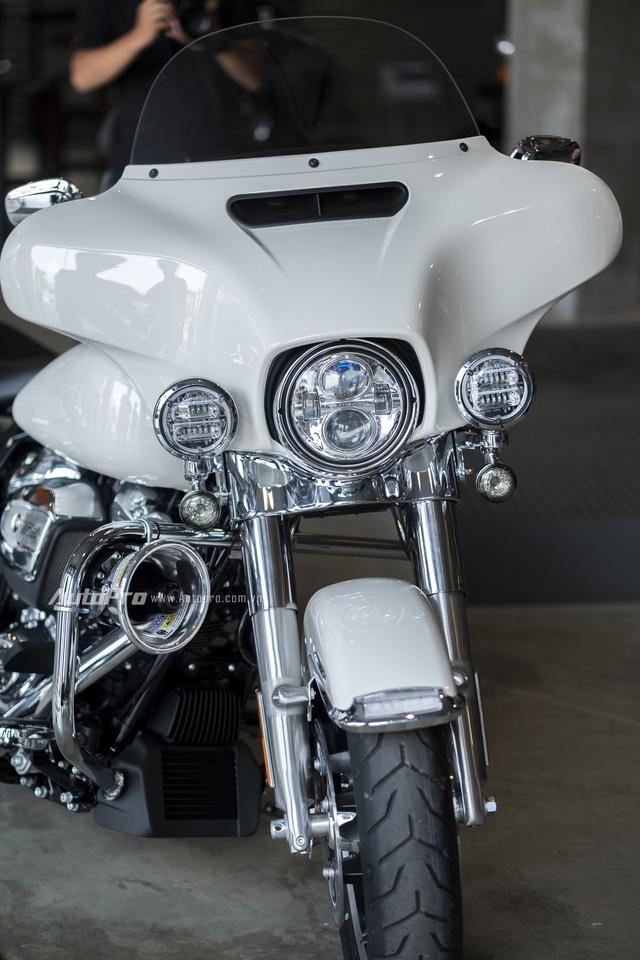 Harley-Davidson Police Electra Glide 2017 đầu tiên về Việt Nam với giá hơn 1 tỉ Đồng - Ảnh 3.