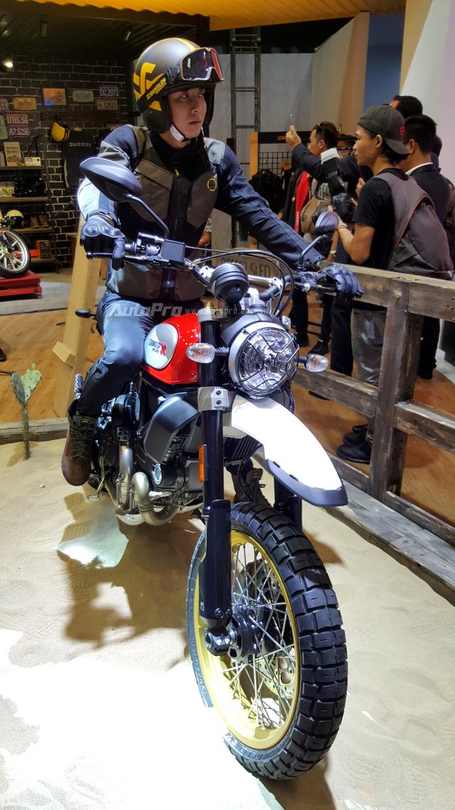 Chi tiết Ducati Scrambler Desert Sled 2017 giá 429 triệu Đồng tại Việt Nam - Ảnh 4.