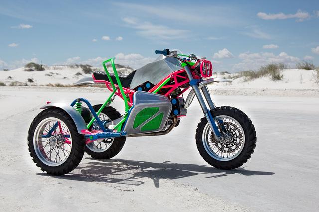 """Đây là chiếc Ducati độ """"dị"""" nhất mà bạn từng thấy - Ảnh 2."""