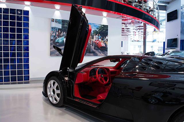 Bugatti EB110 SS - Siêu xe thập niên 90 có giá rao bán 26,5 tỷ Đồng - Ảnh 12.