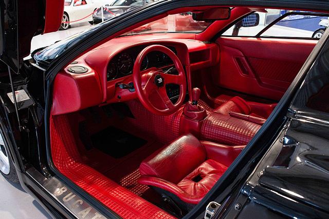 Bugatti EB110 SS - Siêu xe thập niên 90 có giá rao bán 26,5 tỷ Đồng - Ảnh 13.